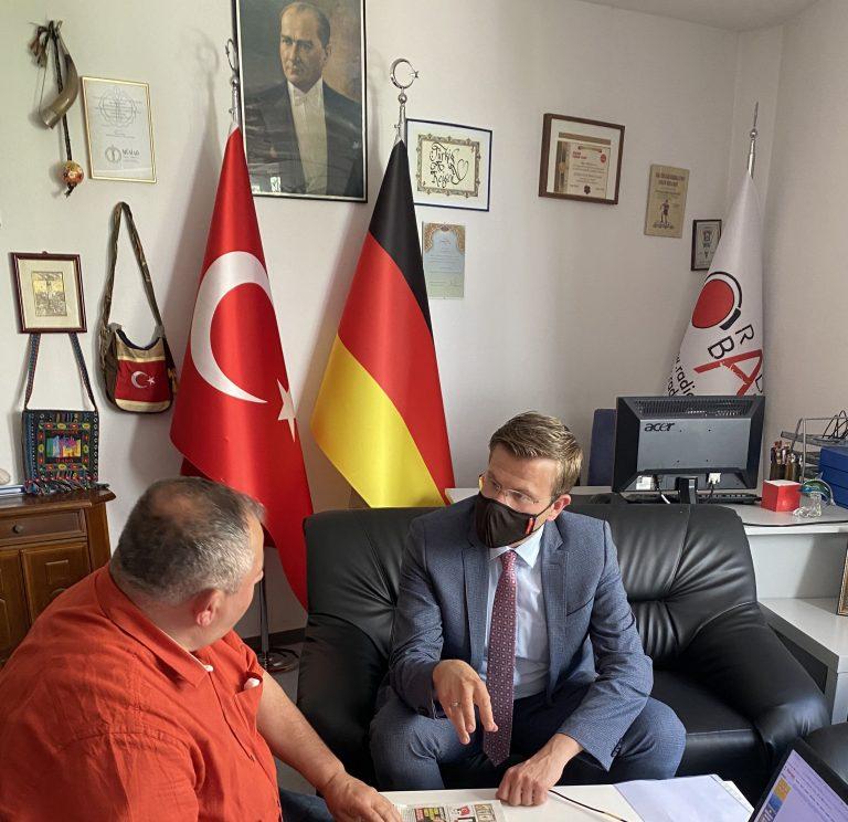 König: Küçük işletmelerin belediyelere katkısı büyük