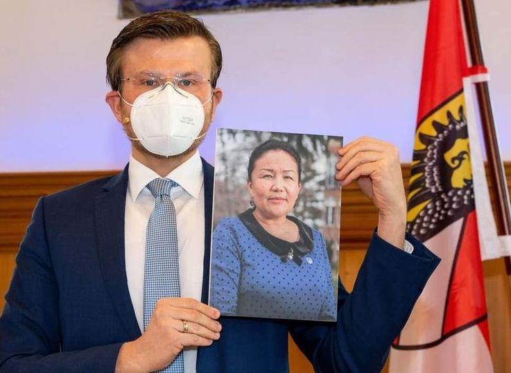 Uluslararası Nürnberg İnsan Hakları Ödülü, Çinli Doktor Sayragul Sauytbay'a verildi